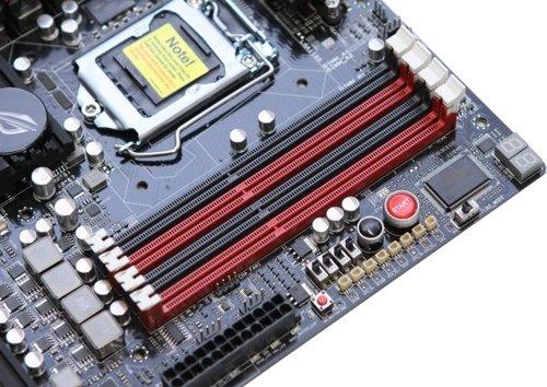 ASUS Maximus IV Extreme-Z LGA1155 Z68 overclocking motherboard image