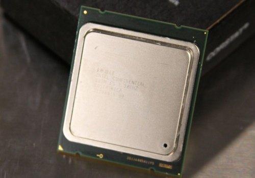 Intel Sandy Bridge-E Core i7 3960X CPU processor image